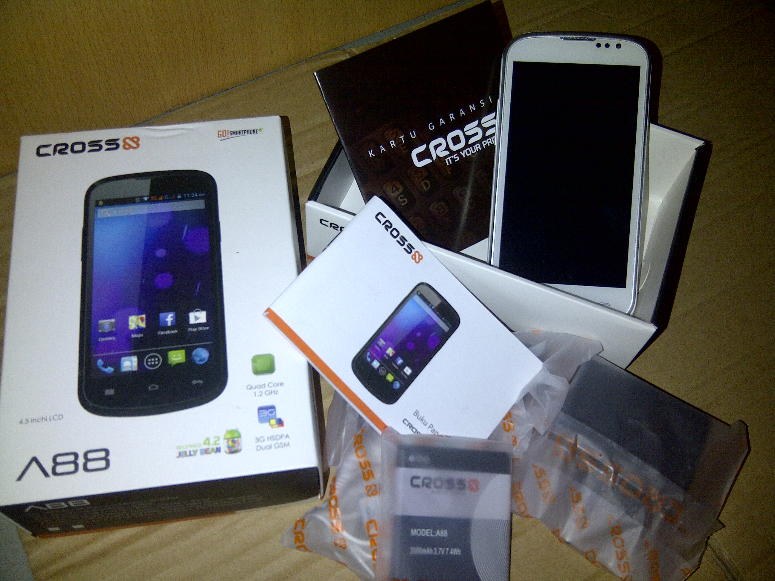 spesifikasi cross a88 android os v4 2 jelly bean quad core prosesor 1